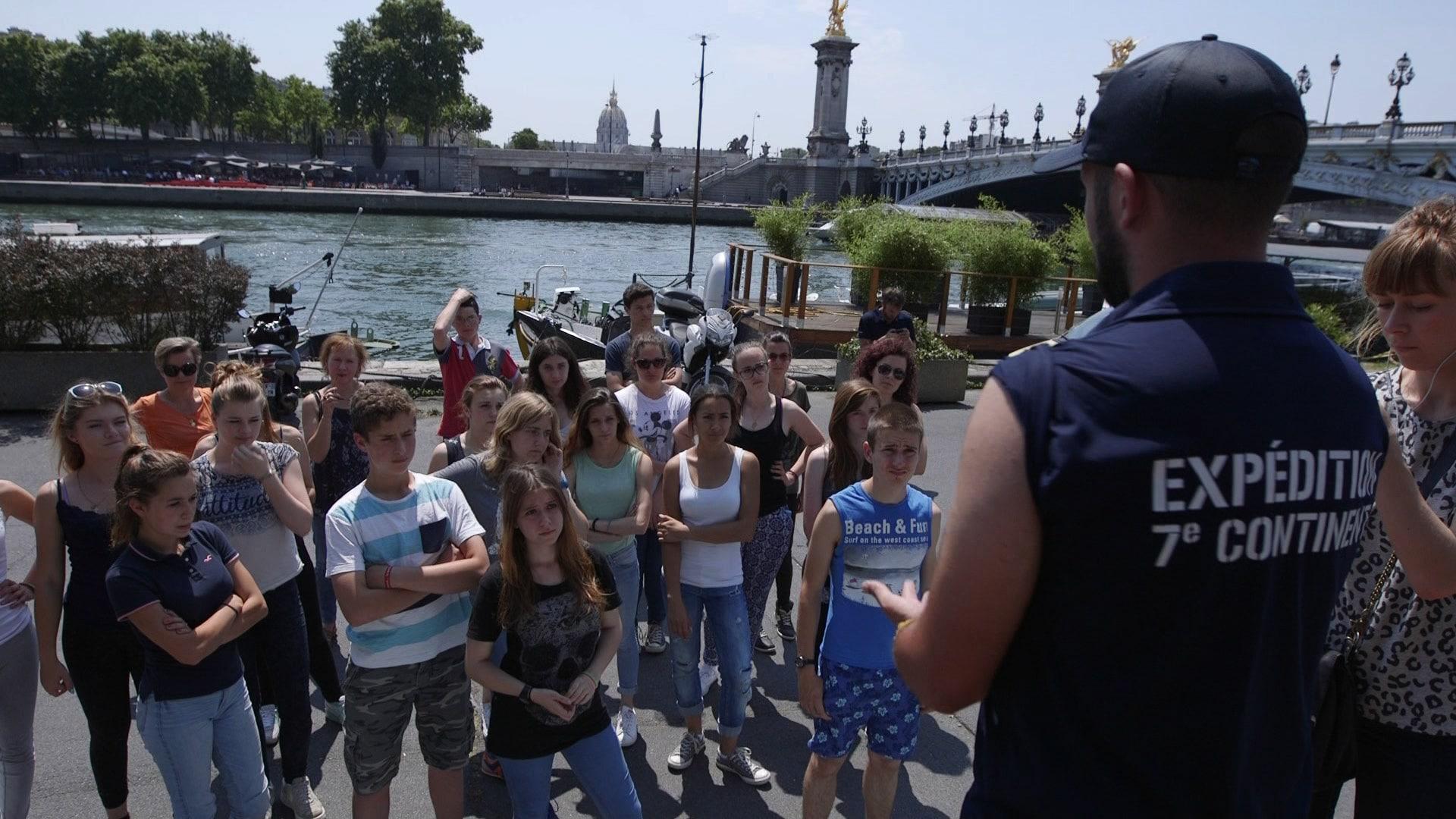 Expédition 7e Continent à Paris Pour Informer Le Public Curieux De Découvrir Le 7e Continent